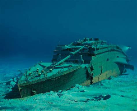titanic film unterwasseraufnahmen teures vergn 252 gen der tauchgang zu den 220 berresten der