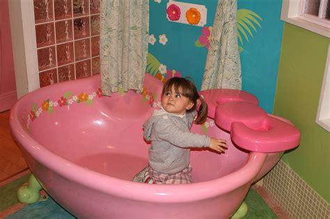 Hello Kitty Bathtub Hello Kitty Hell Hello Bathroom