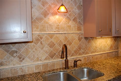 tumbled marble backsplash tile home decorating ideas
