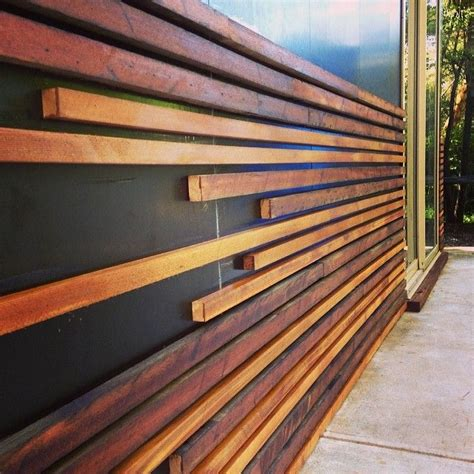 cladding for garden walls 1000 ideas about cedar walls on