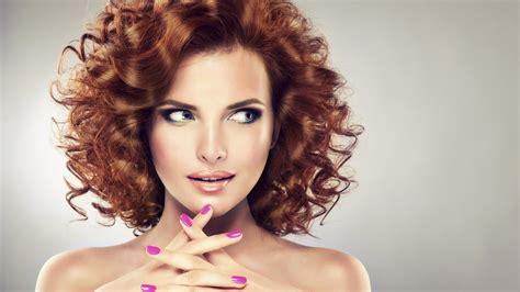 diversi tipi di permanente riccia quelle coupe de cheveux adapt 233 e 224 la forme de mon visage