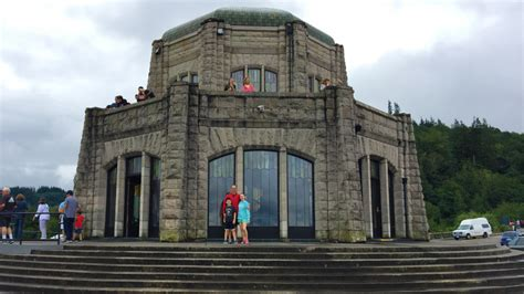 col house vista house observatory at crown point on the columbia