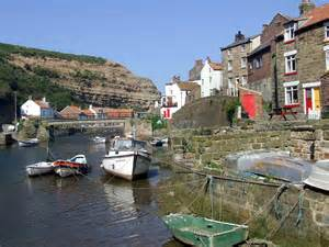 cottages staithes staithes photos