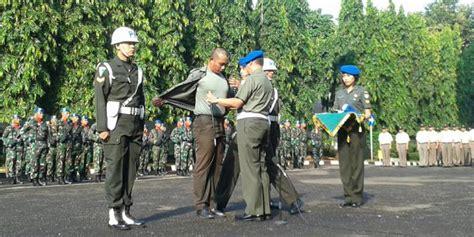 Baju Juru X tentara pembakar juru parkir monas resmi dipecat kompas