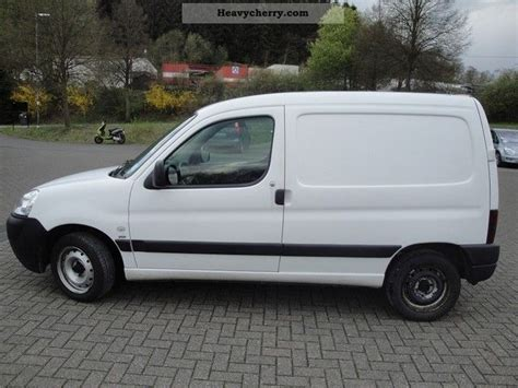 peugeot partner 2005 peugeot partner 2 0 hdi truck 2005 box type delivery van
