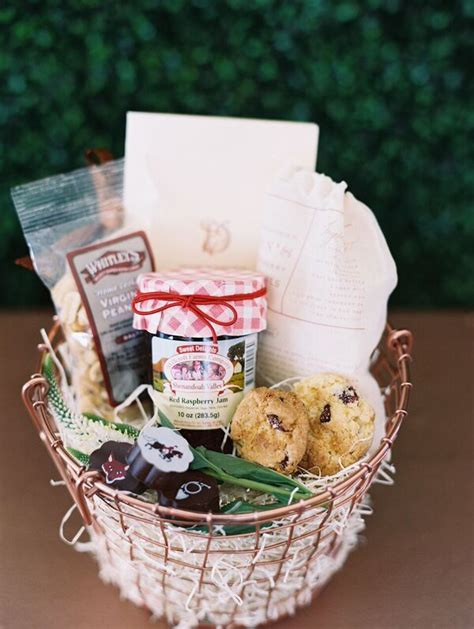 Wedding Flower Gifts by 17 Best Ideas About Welcome Gift Basket On New