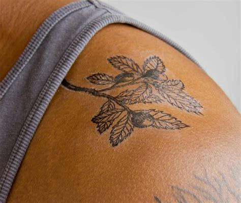 pinterest temporary tattoo the halle berry set of 2 temporary tattoos someone