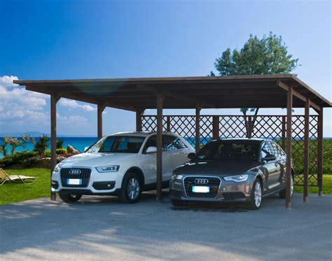 tettoia garage carport 640x495 pergola tettoia in di legno auto copertura