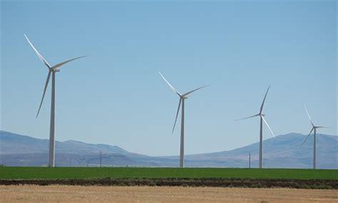 construction begins on 400 million tumbler ridge wind large wind farm opens in minnesota earthtechling