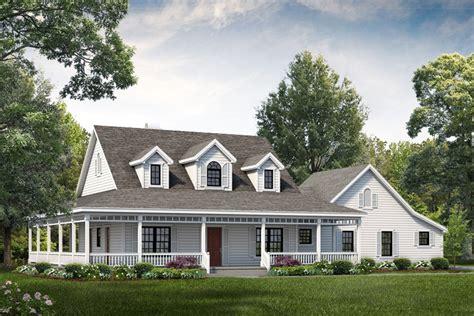 Farmhouse Style House Plan   3 Beds 2.50 Baths 2090 Sq/Ft