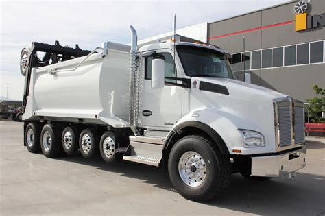 trade trucks kenworth kenworth t880 dump trucks for sale used trucks on