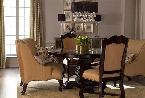 love  idea    dining room seating  big