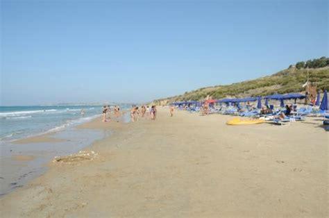 spiaggia porto palo menfi bandiera menfi cambia