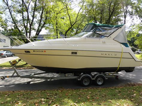 maxum boat cushions maxum 2800 scr 1997 for sale for 500 boats from usa