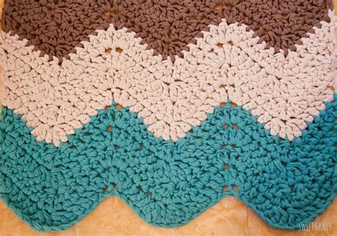 crochet pattern for zig zag rug 96 best images about upcycle recycle it on pinterest