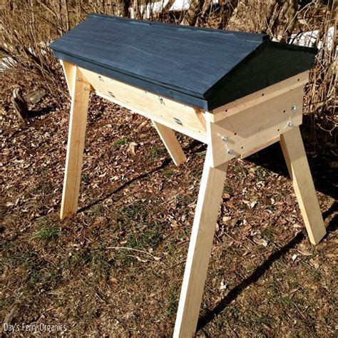 Top Bar Beehive For Sale by Installing Bees In A Top Bar Hive Homesteading And