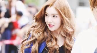 beach waves korean hair red velvet irene s wavy hair kpop korean hair and style