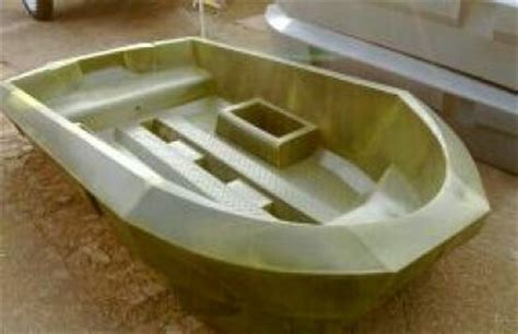 small plastic bass boats cavity speedster small plastic bass fishing boat boats
