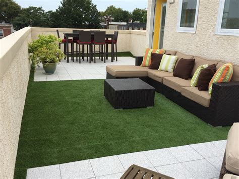 the outdoor modular grass tile is an easy to install snap