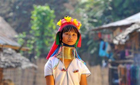 imagenes mujeres jirafa mujeres jirafa de tailandia felices vacaciones