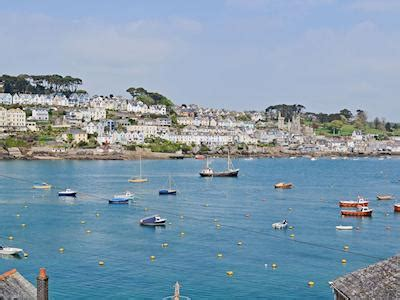 estuary cottage fowey waterside ref 30517 in fowey cornwall welcomecottages