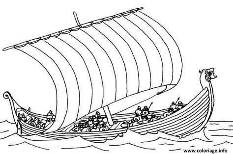 dessin d un bateau sur l eau coloriage bateau drakkar jecolorie