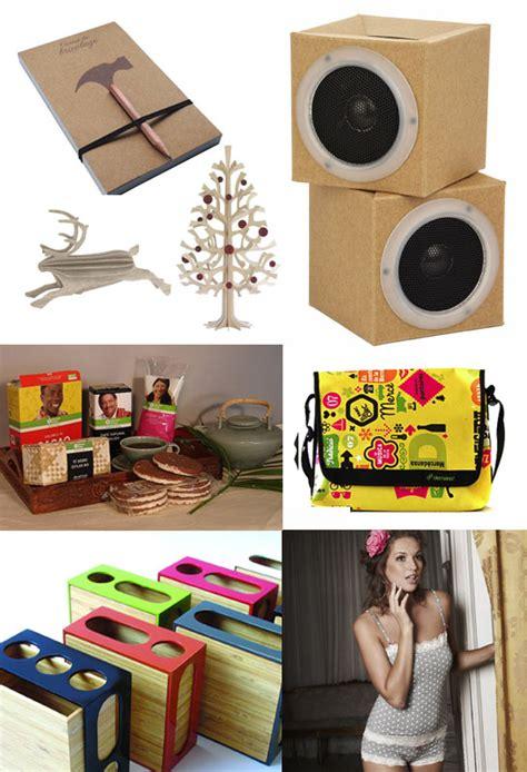 productos elaborados con reciclaje arbol de navidad sinfreno reciclaje creativo reciclar