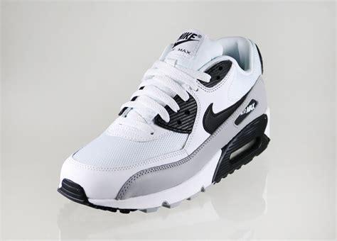 Nike Airmax 90 Black White air max 90 white black hotel4alle de