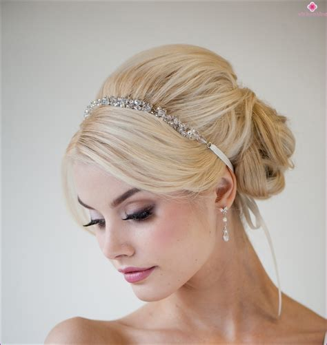 jewellery for bride hairstyle