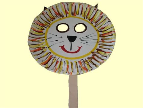 Mask From Paper Plates - paper plate masks crafts for the kiddos
