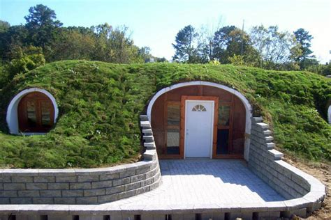 green home design uk company builds hobbit houses and you can actually live there