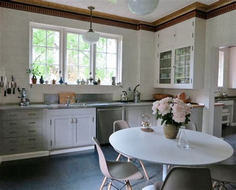 Schoolhouse Lights Kitchen Schoolhouse Lighting Adds Nostalgic Charm To Kitchen Barnlightelectric