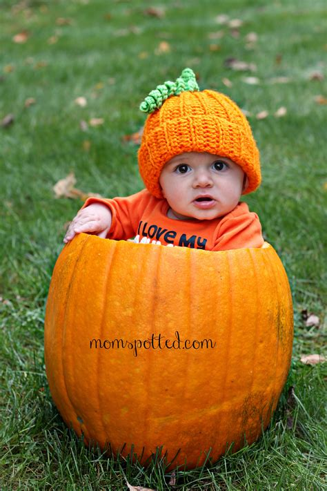 baby pumpkin baby pumpkin adorable baby photography momspotted
