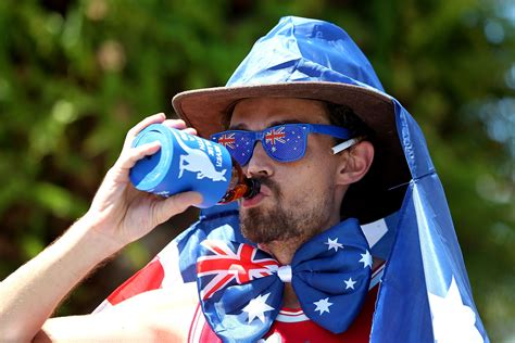 Australia Find 24 Things Expats Find Surprising About Australian Working Culture Business Insider