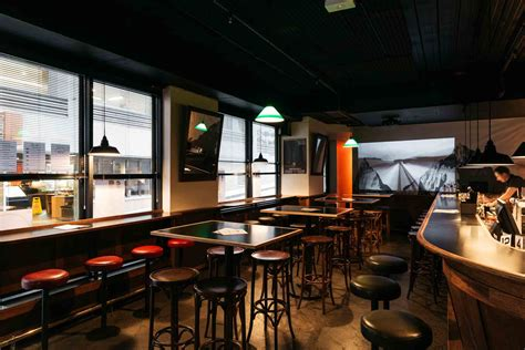 top 10 melbourne bars best bars melbourne rooftop laneway cocktail bars hcs