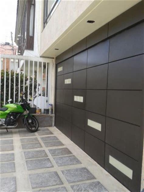 cocheras levadizas puertas para garajes precios puertas electricas para