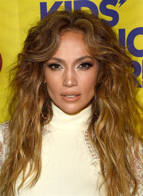 j lo hair new short curly 2014 14 times jennifer lopez s hairstyles were absolutely