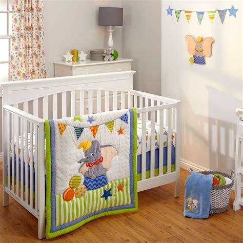 dumbo baby room best 25 dumbo nursery ideas on lyrics baby mine and baby room ideas