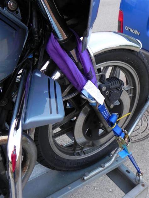 Motorradanhänger 8 Motorräder by Motorr 228 Der Sicher Auf Dem Anh 228 Nger Verladen Technik