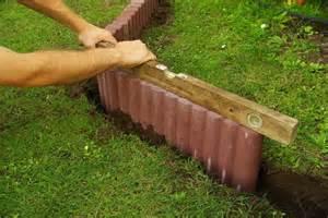garten beeteinfassung beton sch 246 ne gehwege selbst gemacht so setzen sie beton
