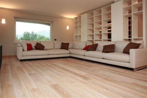 pavimento legno massello parquet in legno massello quali e quante tipologie