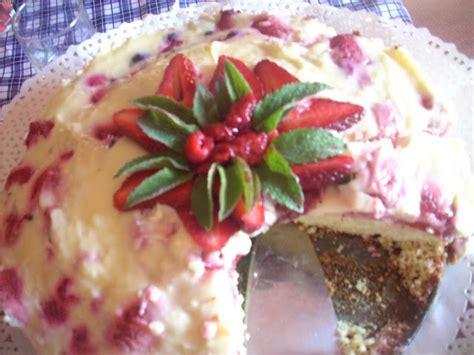 kako kuchen canela kitchen gloria chilean k 252 chen with berries