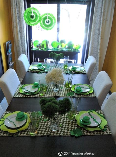 frugal st s day table decor ideas
