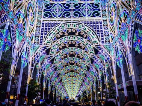 best christmas lights for the top of your house best and light shows around the world travel channel