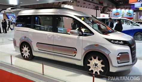 Tokyo 2015: Toyota Auto Body Noah Active Cross