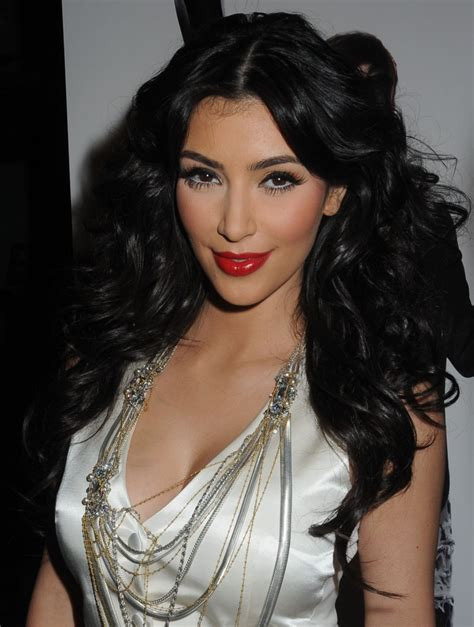 Kardashians Hairstyles by Photographies 8 Curly Hairstyles