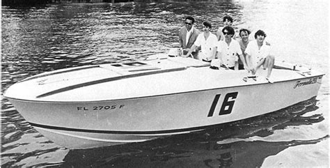 cigarette boat founder the history of cigarette founder don aronow power