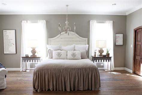 farmhouse bedroom gaines bed breakfast waco tx home decorating ideas