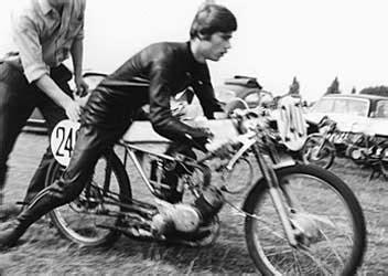 Erstes Motocross Motorrad by Stories
