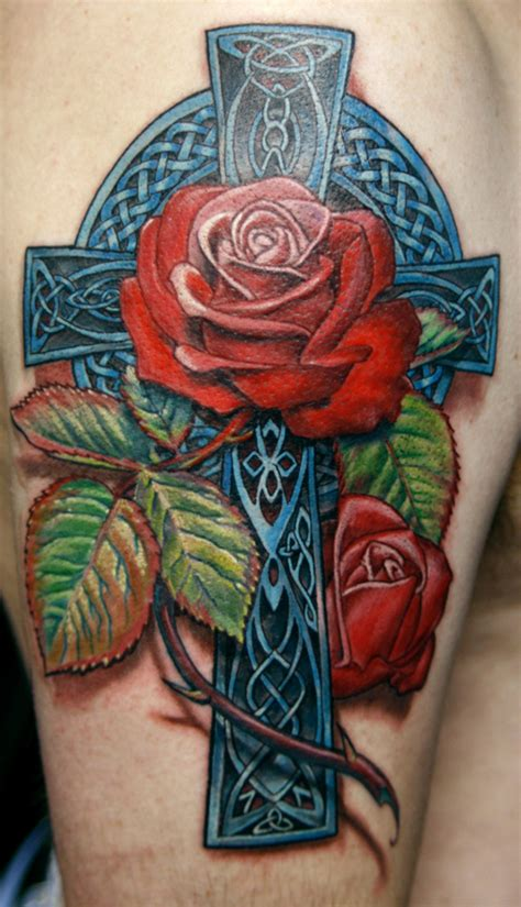 3d celtic cross and red roses tattoo on half sleeve